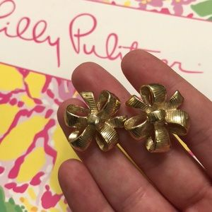 Lilly Pulitzer bow studs
